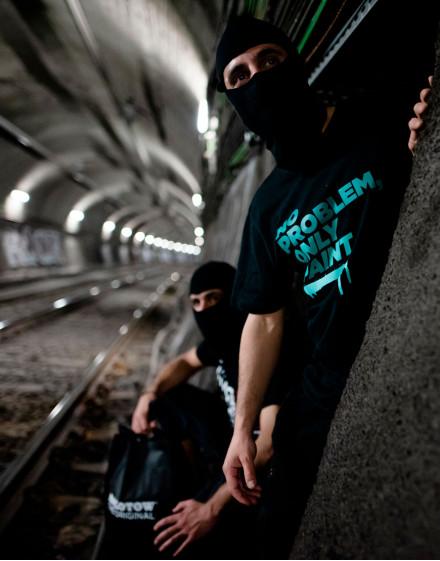 "Camiseta-""NO PROBLEM ONLY PAINT"" gama verdes"