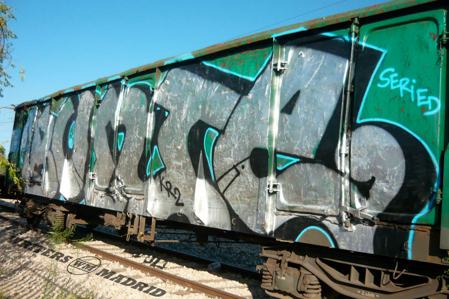 mercanicas buni graffiti madrid