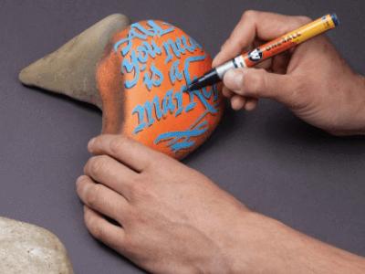 pintura acrilica para pintar piedra